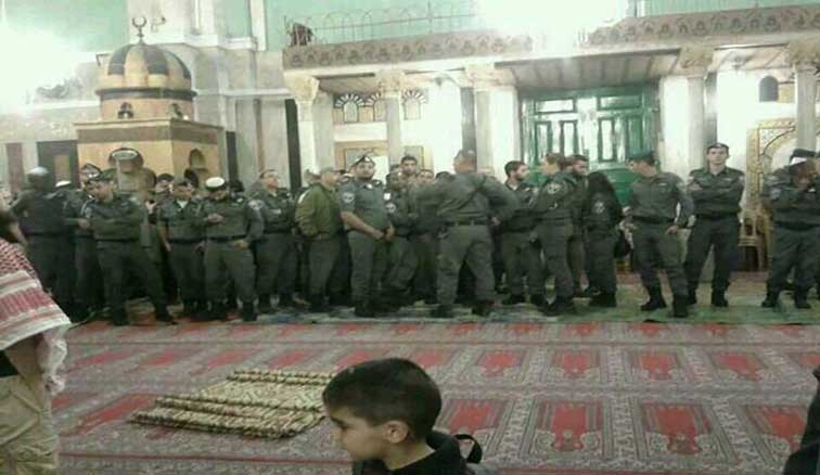TERRORIST-ZIONISTS-IDF-IN-MOSQUES-IBRAHIM